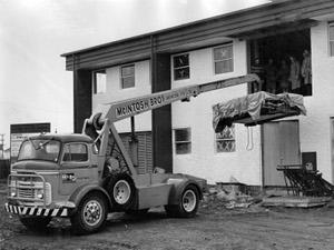 McIntosh cranes 1961